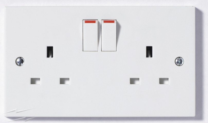 Switch with double socket